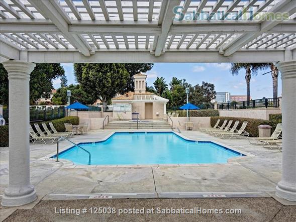 Spacious, furnished townhouse ideal for UCSD, Scripps, Salk, Torrey Pines! Home Rental in San Diego 8
