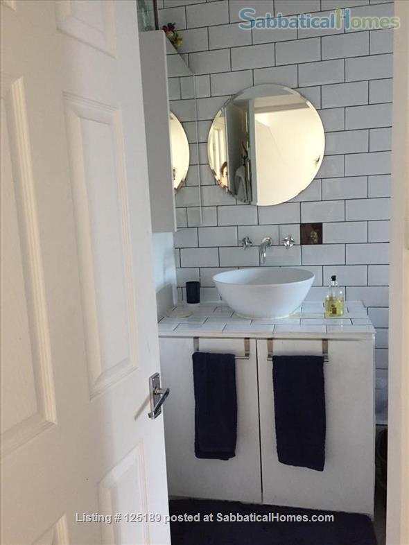 Lovely one-bedroom maisonette in Mile End, near QMU, Central/District Lines Home Rental in Greater London, England, United Kingdom 5