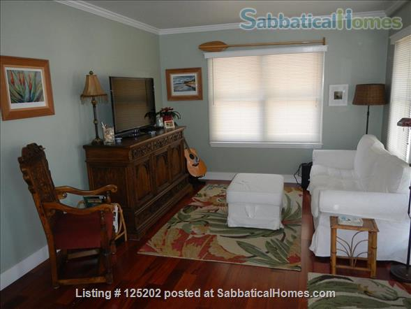 CASA DE LAS PALMAS , 3 br/2 bath  Fully furnished Beach-Style Cottage in Santa Barbara, CA Home Rental in Santa Barbara 0