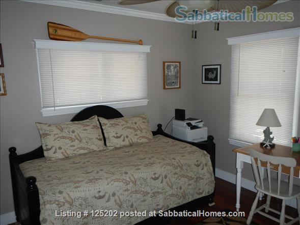 CASA DE LAS PALMAS , 3 br/2 bath  Fully furnished Beach-Style Cottage in Santa Barbara, CA Home Rental in Santa Barbara 7