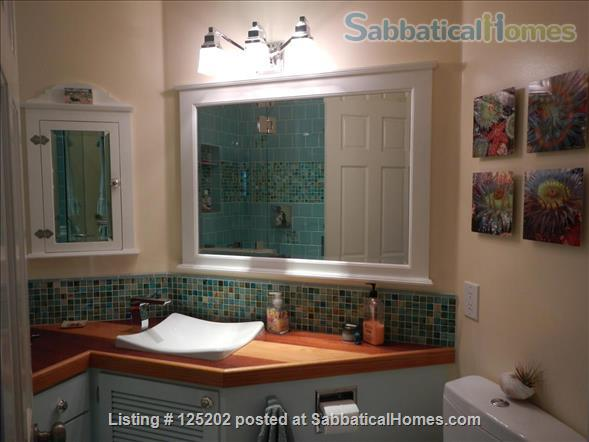 CASA DE LAS PALMAS , 3 br/2 bath  Fully furnished Beach-Style Cottage in Santa Barbara, CA Home Rental in Santa Barbara 8