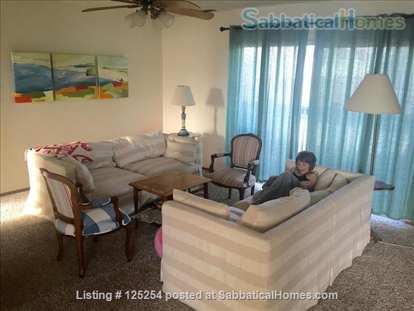 Bright, clean 2BR 1BA apt in top Santa Cruz Seabright location, avail around 6/1/2022 Home Rental in Santa Cruz, California, United States 0