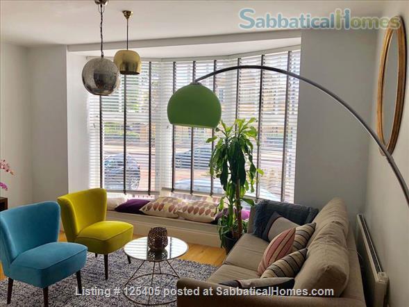 Bright Split level London Flat - Very Central Home Rental in London 1