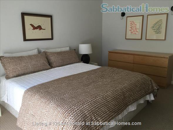 Campus Guest House Home Rental in Eugene, Oregon, United States 4