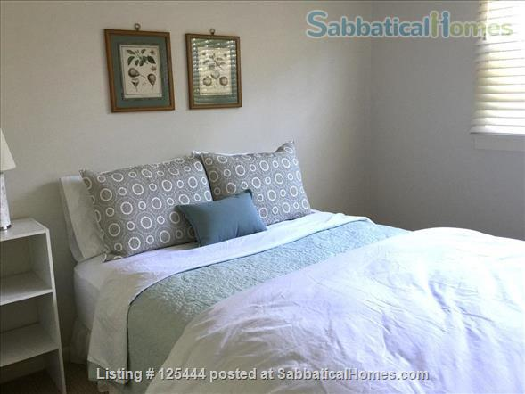 Campus Guest House Home Rental in Eugene, Oregon, United States 5