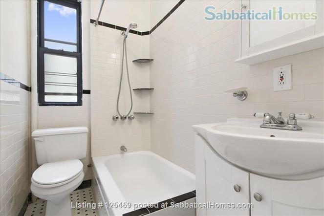 Architect's Harlem Sunny 2 BR Newly Renovated City College  Washer/Dryer Home Rental in New York, New York, United States 4