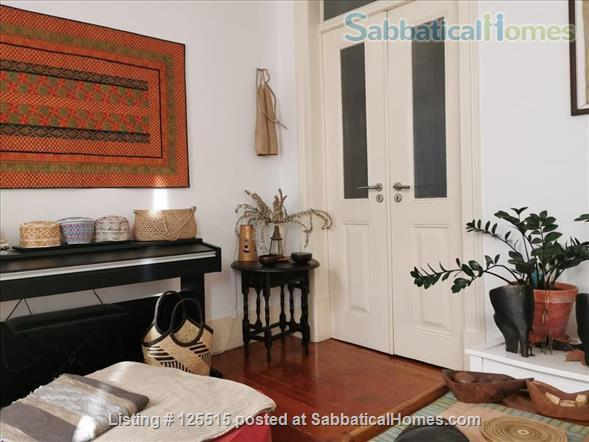 Stylish, luminous and spacious flat in a historical bairro Home Rental in Lisbon 7