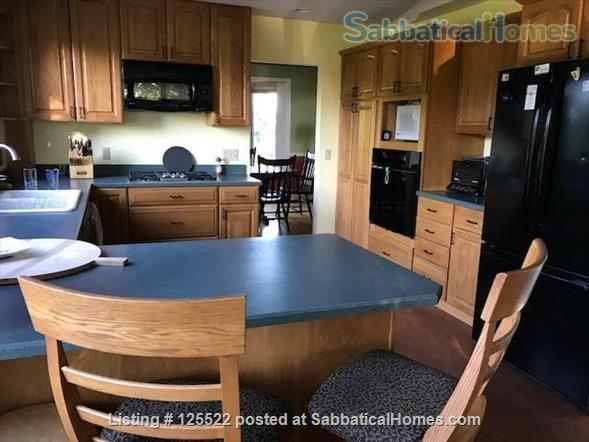Three Bedroom on Lake Champlain, 20 min to Burlington Home Rental in South Hero, Vermont, United States 0
