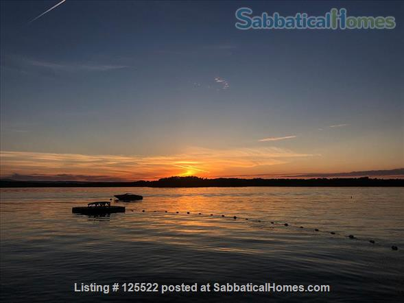 Three Bedroom on Lake Champlain, 20 min to Burlington Home Rental in South Hero, Vermont, United States 3