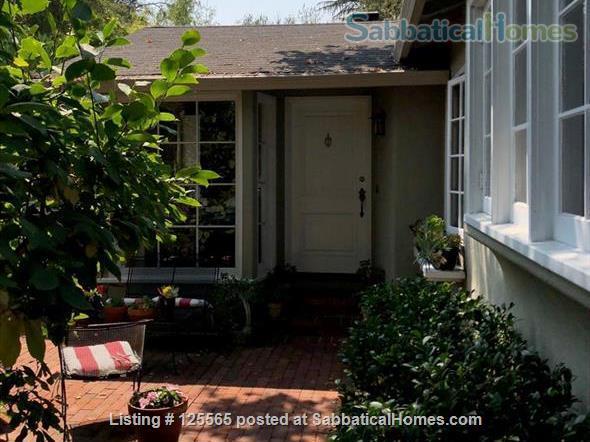Adorable Carmel Cottage Near Stanford University Home Rental in Menlo Park, California, United States 1