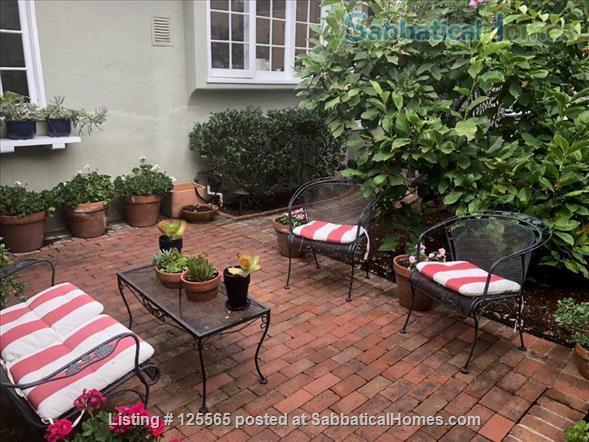 Adorable Carmel Cottage Near Stanford University Home Rental in Menlo Park, California, United States 2