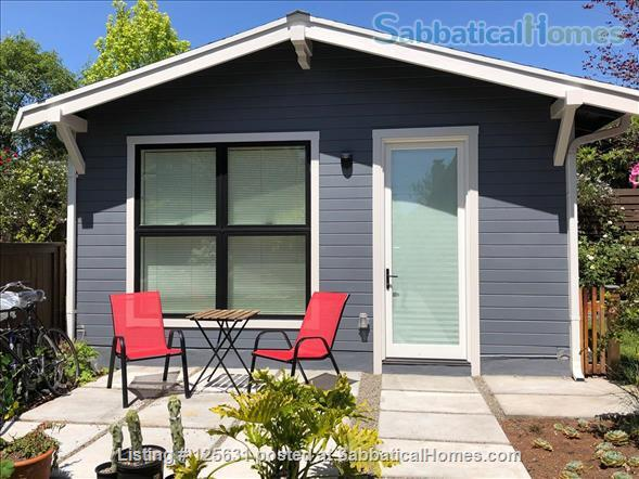 Beautiful and safe: furnished cottage near Rockridge BART and everything Home Rental in Oakland, California, United States 0