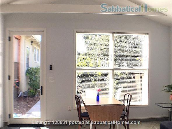 Beautiful and safe: furnished cottage near Rockridge BART and everything Home Rental in Oakland, California, United States 2