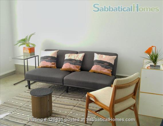 Beautiful and safe: furnished cottage near Rockridge BART and everything Home Rental in Oakland, California, United States 1