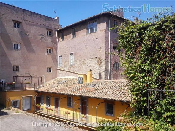 A cozy flat in the heart of Rome Home Rental in Roma, Lazio, Italy 7