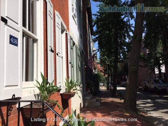 Bright, Spacious Historical House in Philadelphia Home Rental in Philadelphia, Pennsylvania, United States 1
