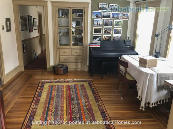 Sunny, spacious 2nd floor, 1-bed, 5-room furnished home, 2 mi from Harvard Home Rental in Watertown, Massachusetts, United States 4