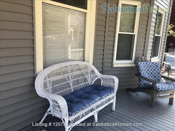 Sunny, spacious 2nd floor, 1-bed, 5-room furnished home, 2 mi from Harvard Home Rental in Watertown, Massachusetts, United States 6