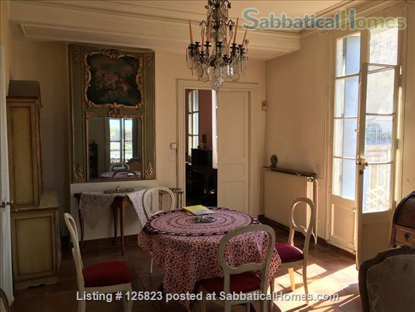Spacious duplex with fabulous terrasse, patio & piano in Ecusson  historical center Home Rental in Montpellier, Occitanie, France 0