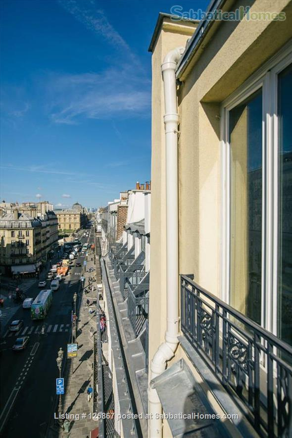 Le Louvre retreat - luxurious apartment Paris - Center - rue de Rivoli Home Rental in Paris, Île-de-France, France 8