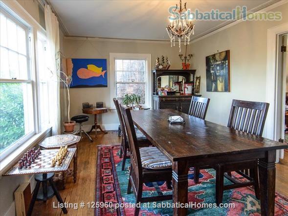 3 Bedroom Home, Walk to University of Washington Home Rental in Seattle, Washington, United States 3