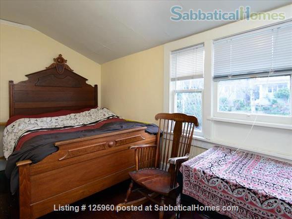 3 Bedroom Home, Walk to University of Washington Home Rental in Seattle, Washington, United States 6