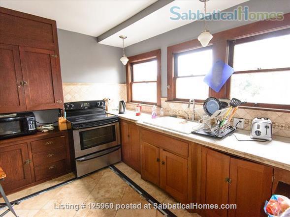 3 Bedroom Home, Walk to University of Washington Home Rental in Seattle, Washington, United States 7