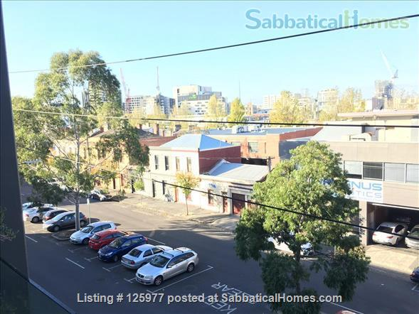 Comfortable apartment close to universities, hospitals and Victoria Market Home Rental in North Melbourne, VIC, Australia 9