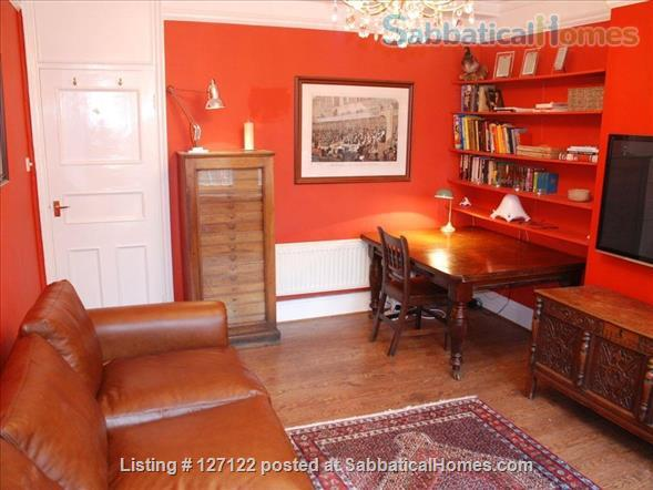 Characterful 1 bed flat in period Fitzrovia mansion block with roof terrace. Home Rental in Fitzrovia, England, United Kingdom 0