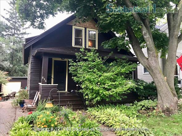 Cozy Bungalow Walking Distance to UW Campus Home Rental in Madison, Wisconsin, United States 1