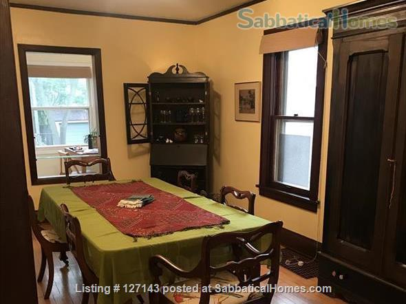 Cozy Bungalow Walking Distance to UW Campus Home Rental in Madison, Wisconsin, United States 3
