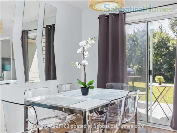Fully Furnished - Spacious & Charming - UNC Home - Stylish Townhome Home Rental in Carrboro, North Carolina, United States 0