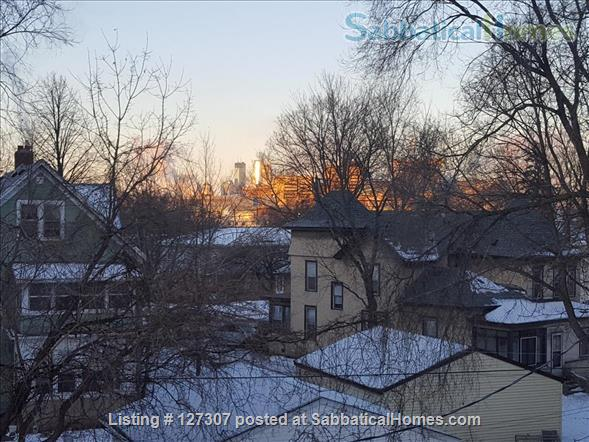 Two bedroom condo close to University of Minnesota, Twin Cities Home Rental in Minneapolis, Minnesota, United States 6