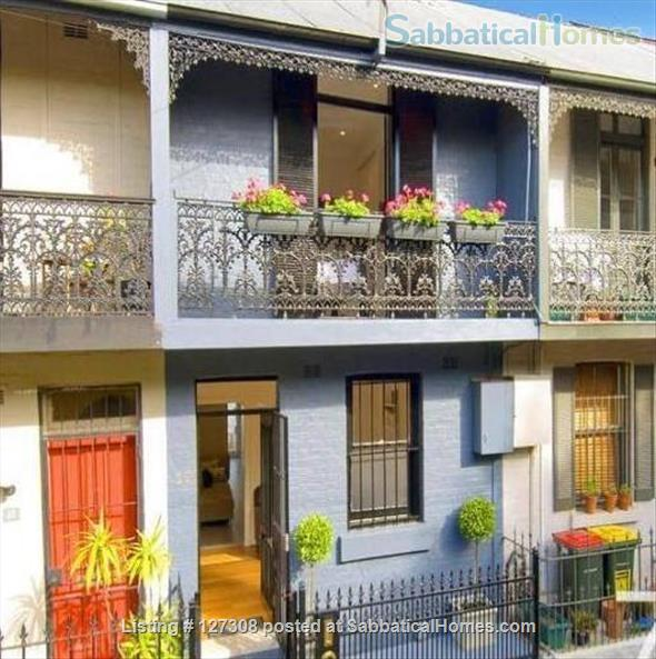 Beautiful Two Bedroom Glebe Terrace - Close to the University of Sydney Home Rental in Glebe, New South Wales, Australia 1