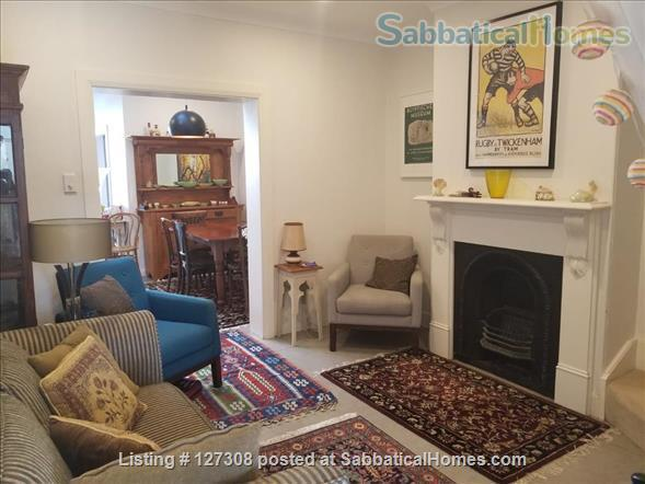 Beautiful Two Bedroom Glebe Terrace - Close to the University of Sydney Home Rental in Glebe, New South Wales, Australia 3