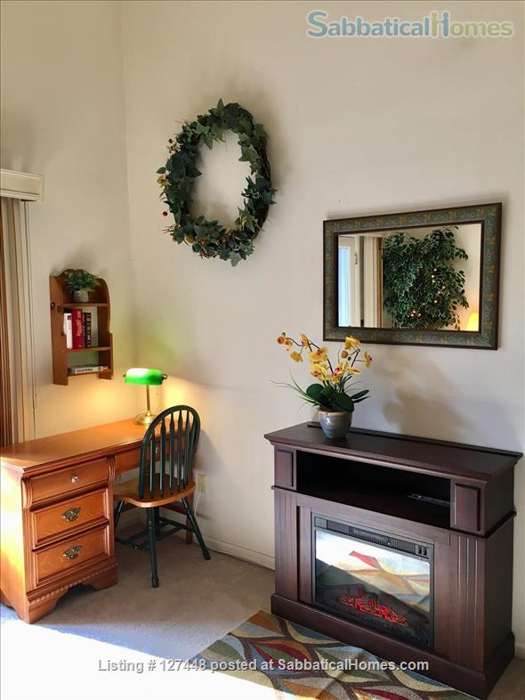 Spacious & comfortable one-bedroom condo. Fully Furnished. Minutes to Yale. Home Rental in Hamden, Connecticut, United States 5