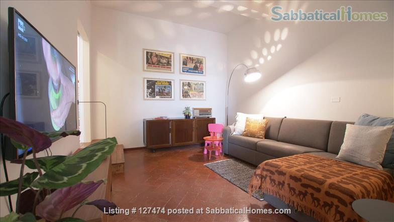Ortobello - a quiet terrace in the center of Florence Home Rental in Firenze, Toscana, Italy 2