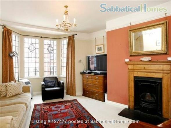 Charming and characterful 3-bedroom apartment in the heart of London Home Rental in Fitzrovia, England, United Kingdom 1