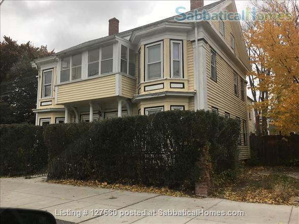 Spacious 2 bedroom in riverside between MIT and Harvard. Home Rental in Cambridge, Massachusetts, United States 1