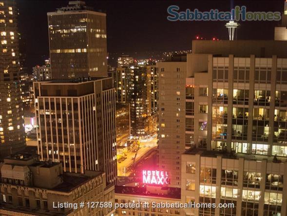 Fashionable Downtown Seattle Condo Home Rental in Seattle, Washington, United States 0