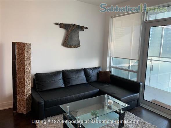 Toronto Entertainment District Luxury Stay Home Rental in Toronto, Ontario, Canada 4