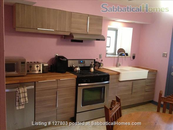 2-Level, 2-Bedroom, 2-Bath Apartment with Patio 15 minutes from Campus Home Rental in Pittsburgh, Pennsylvania, United States 2