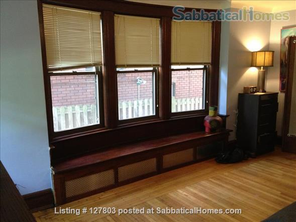 2-Level, 2-Bedroom, 2-Bath Apartment with Patio 15 minutes from Campus Home Rental in Pittsburgh, Pennsylvania, United States 4