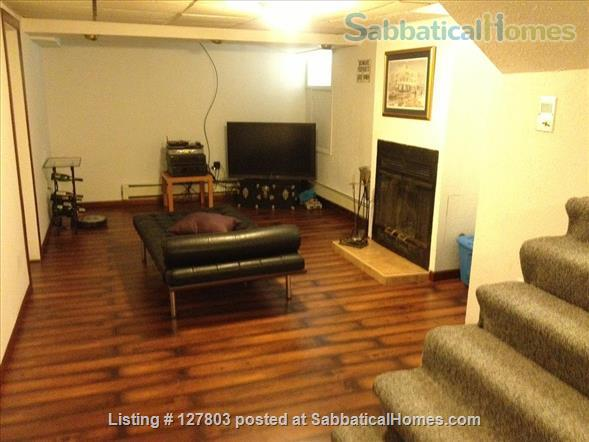2-Level, 2-Bedroom, 2-Bath Apartment with Patio 15 minutes from Campus Home Rental in Pittsburgh, Pennsylvania, United States 8