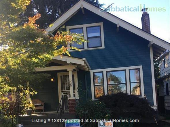 Montavilla Studio Home Rental in Portland, Oregon, United States 7