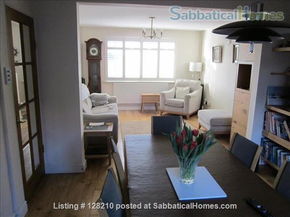 Renovated seafront four double bedroom house in historic Old Portsmouth 90 minutes by train to London.   Home Exchange in Portsmouth, England, United Kingdom 2