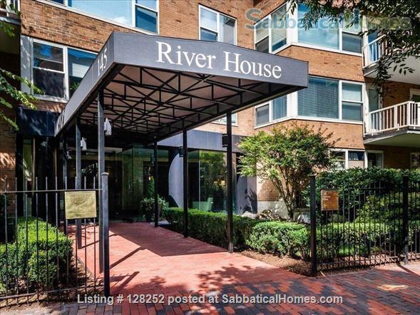 Boston, Beacon Hill Condo in Concierge Building 1 + bedroom Home Rental in Boston, Massachusetts, United States 0