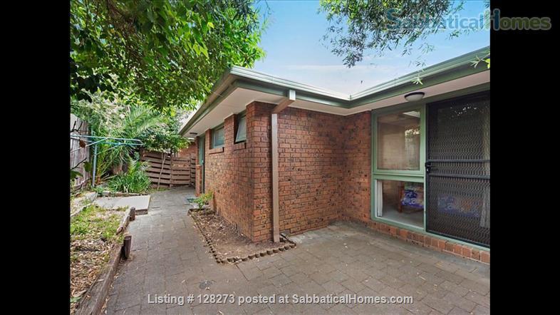 Fully furnished 2 bedroom villa unit in Ivanhoe Home Rental in Ivanhoe, Victoria, Australia 8