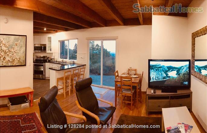 Mountain retreat home 10mins to 280, 20 mins to Stanford, stunning views Home Rental in Woodside, California, United States 1