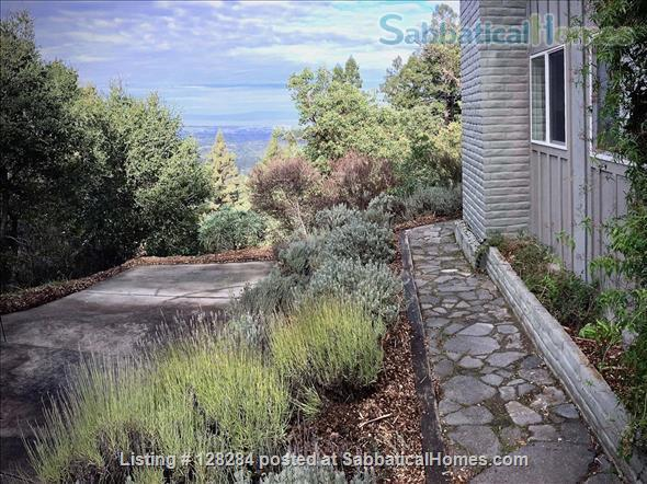 Mountain retreat home 10mins to 280, 20 mins to Stanford, stunning views Home Rental in Woodside, California, United States 6